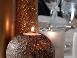 candle-912773_1920