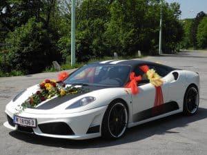 wedding-car-771395_1920